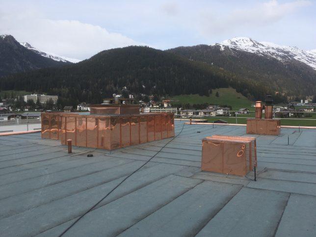 Neuaufbau eines Warmdaches  mit 2 lagiger Abdichtung
